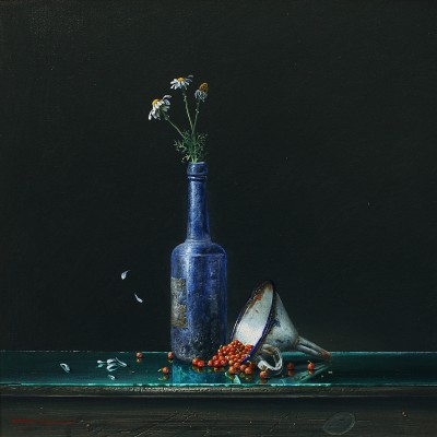 Bryan HANLON, contemporary artist - Enameled Funnel and Red Currants II