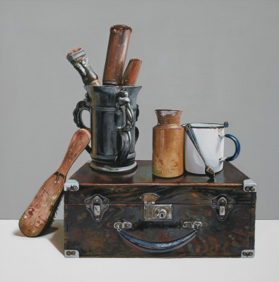 Jane CRUICKSHANK, contemporary artist&nbsp;-&nbsp;<span style='color:red;font-size: 200%'>&#8226;</span> Still life With Old Wooden Box and Tools