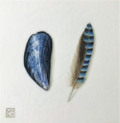 Louise YOUNG, contemporary artist - Shell and Feather (Blue)